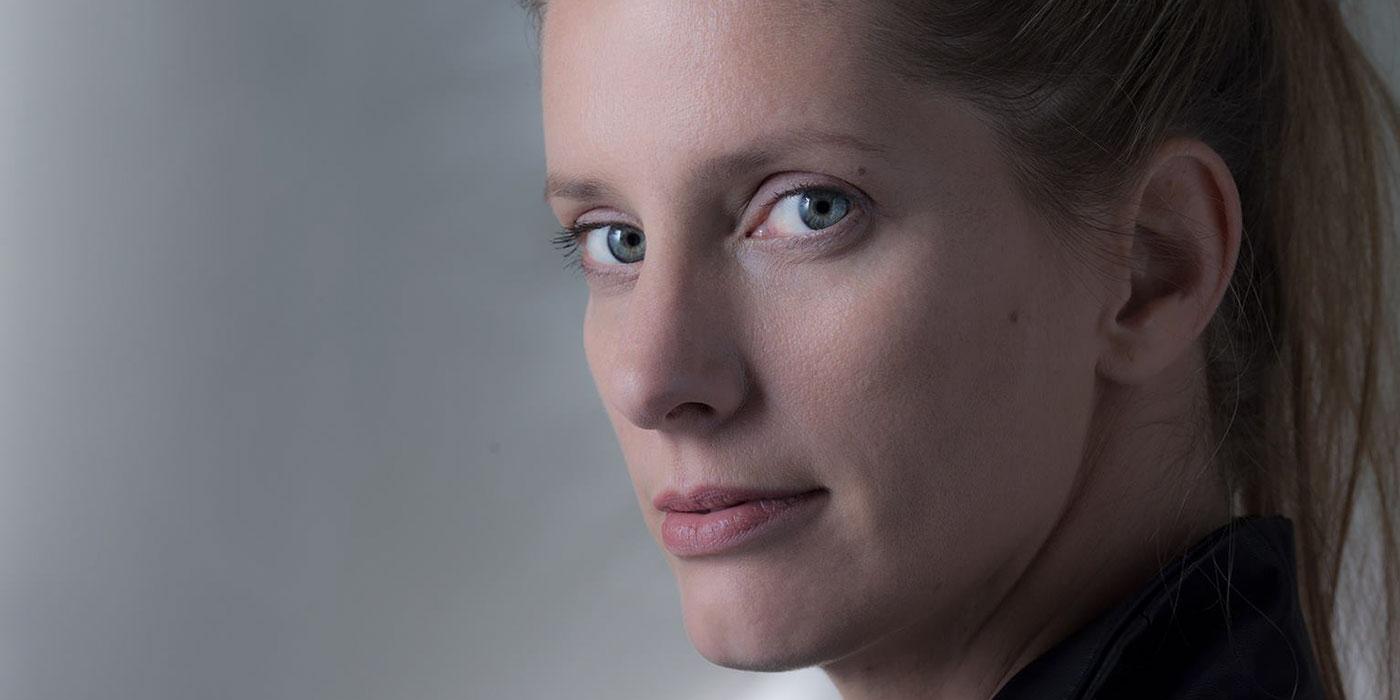 Sonja Moonear