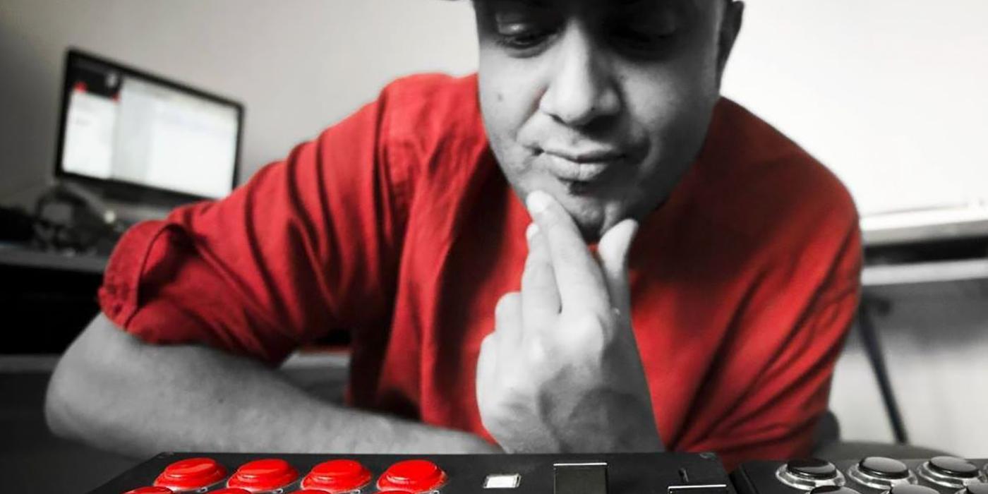 Spikey Tee, Smokey & DJ Uri